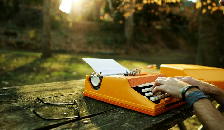 10 Things That Define Writers Absolutely