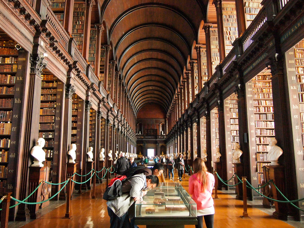 Trinity College Old Library - 9 Most beautiful libraries